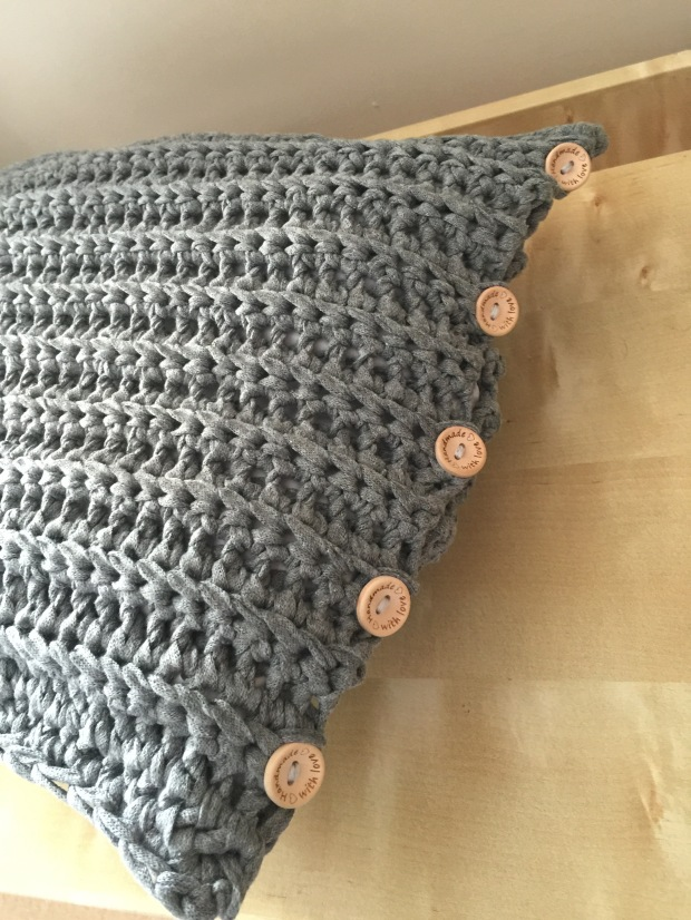 Free Pattern T Shirt Yarn Cushion Cover The Wee House Of Crochet